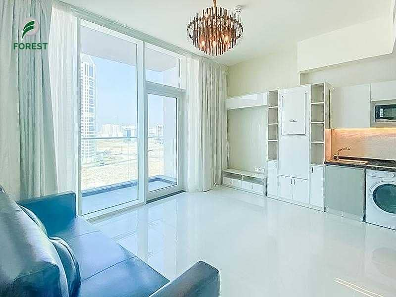 Fully Furnished Studio   Prime Location   Vacant