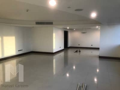 4 Bedroom Apartment for Sale in World Trade Centre, Dubai - simplex apartment for sale in WTC Jumeirah living