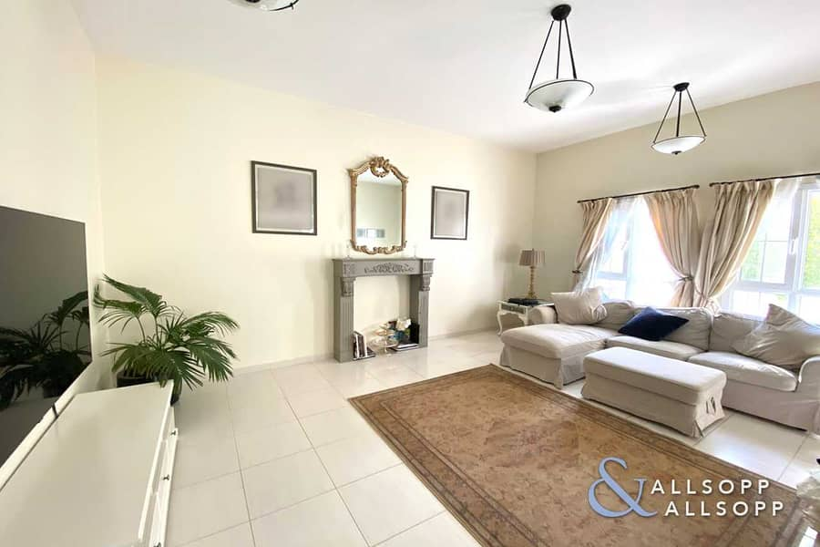 2 Opposite Pool and Park | 3 Beds | Type C