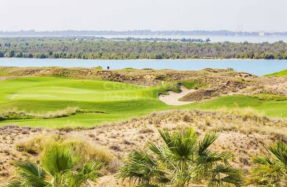 Golf course views   Type A   Spacious Layout