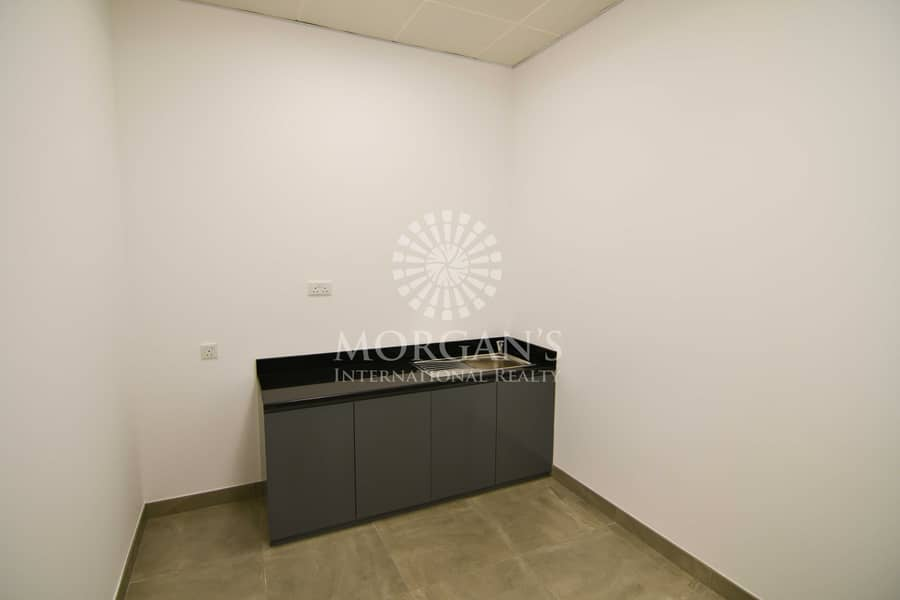 Vacant open layout office available for rent