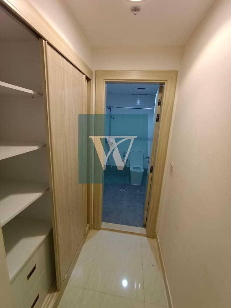 2 New Listing;-  Splendid Ground Floor Apartment   Excellent Condition    Private Garden