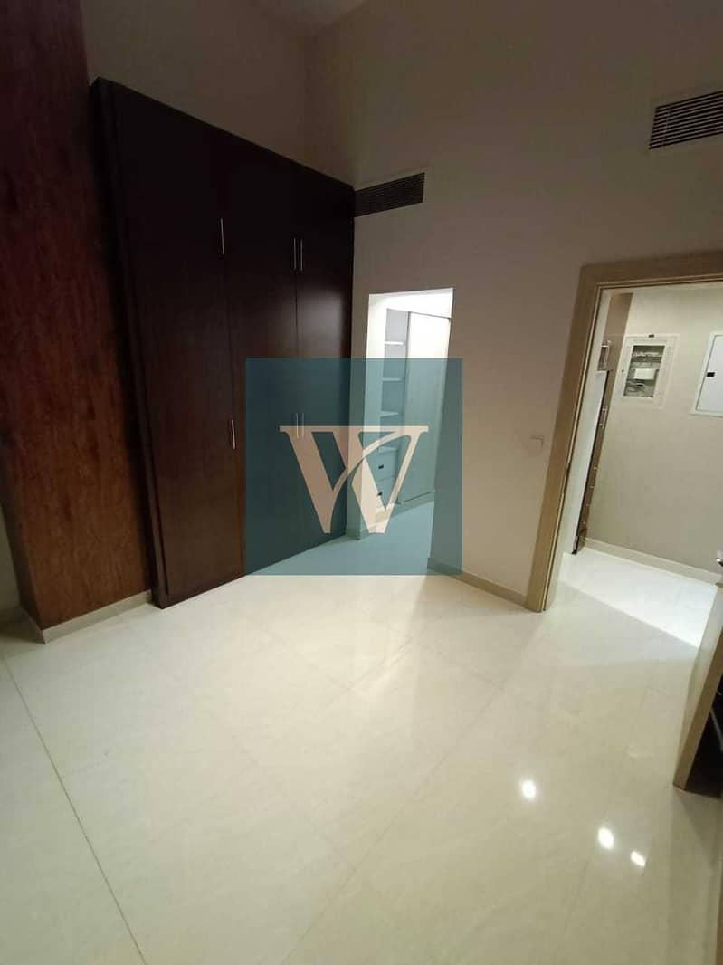 10 New Listing;-  Splendid Ground Floor Apartment   Excellent Condition    Private Garden
