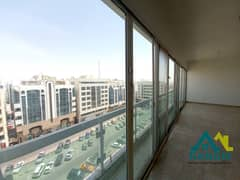 Hot Deal 4 BHK, 4 Payments, Wardrobes, Maids Room