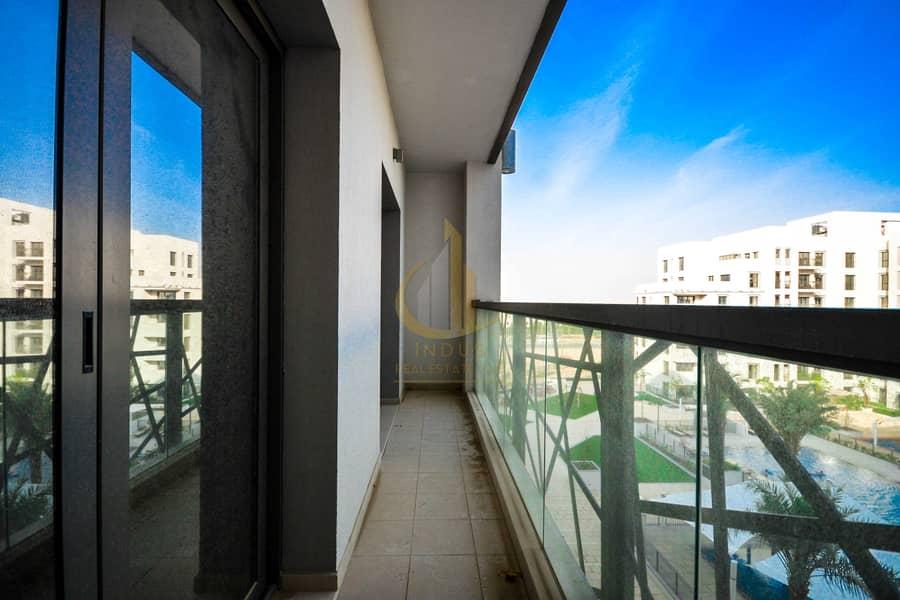14 Pool View |Spacious | 2 Bedrooms Zahra Apt| Vacant