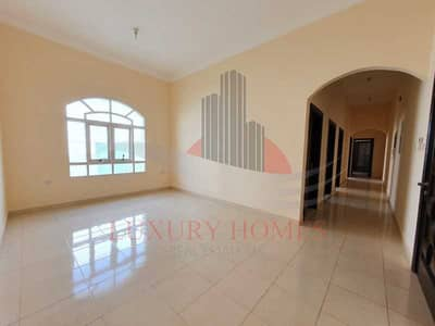 2 Bedroom Apartment for Rent in Asharej, Al Ain - Elegant Master Rooms with Wardrobes and Maids Room