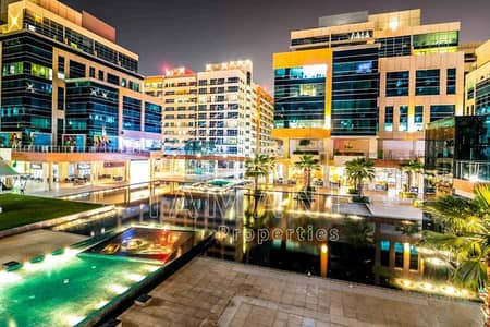 Studio for Rent in Business Bay, Dubai - Well Maintained | Vacant | Canal View