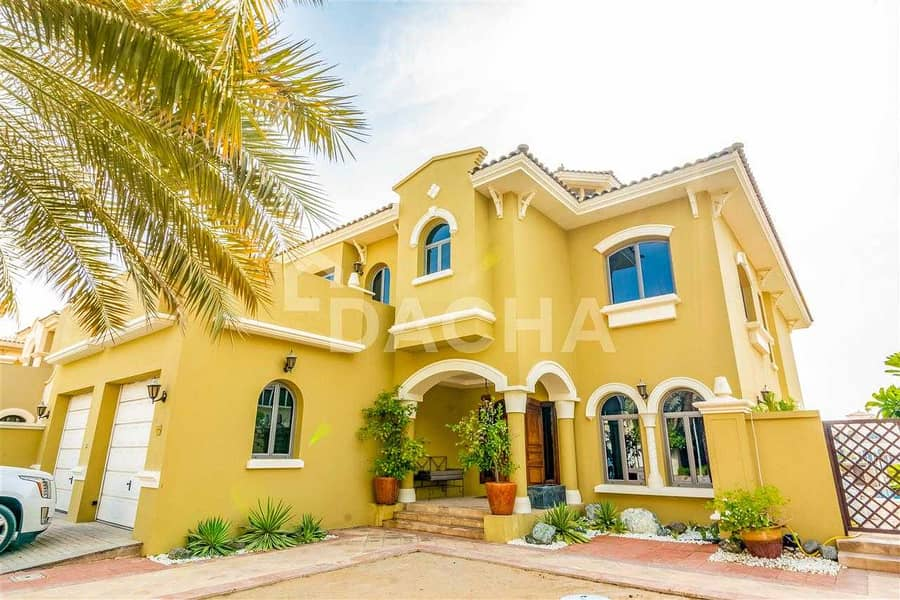 31 Must See / Luxurious /Unfurnished /Vacant now!