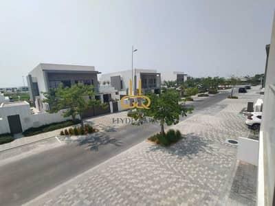 فیلا 4 غرف نوم للايجار في جزيرة ياس، أبوظبي - An Affordable Villa In A Family-friendly Location Ready to Move In