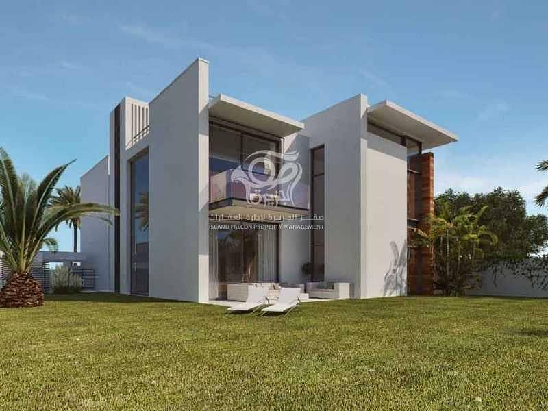 Amazing & Spacious Five Bedrooms Villa