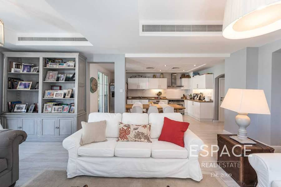 2 Exclusive   Upgraded 3E   Opposite Park