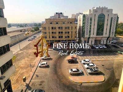 فلیٹ 2 غرفة نوم للايجار في هضبة الزعفرانة، أبوظبي - Apartment W/  balcony Close to All services