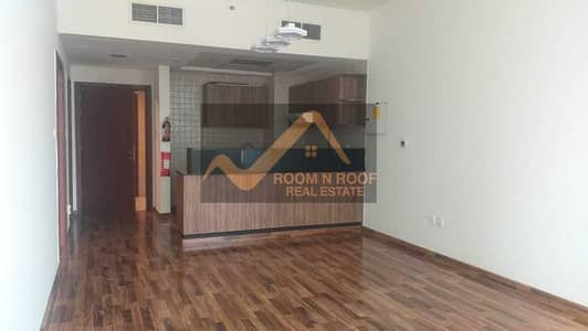 1 Bedroom Flat for Rent in Downtown Dubai, Dubai - BEST DEAL|WOOD FLOOR|1BR WITH BALCONY|DOWNTOWN