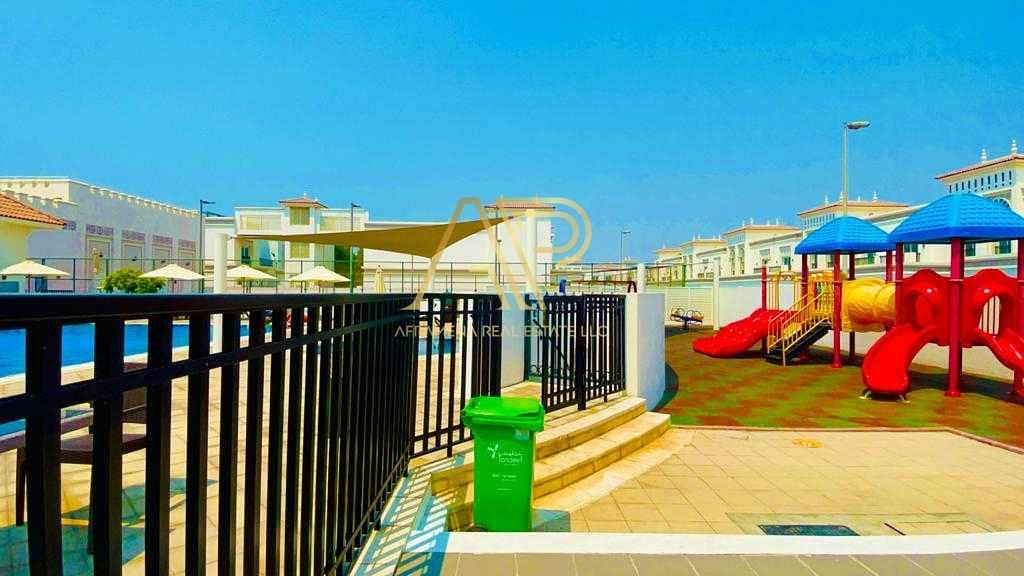 2 12 CHEQUE | LUXURY 3BHK IN THE HEART OF JUMEIRAH | 1 MONTH FREE