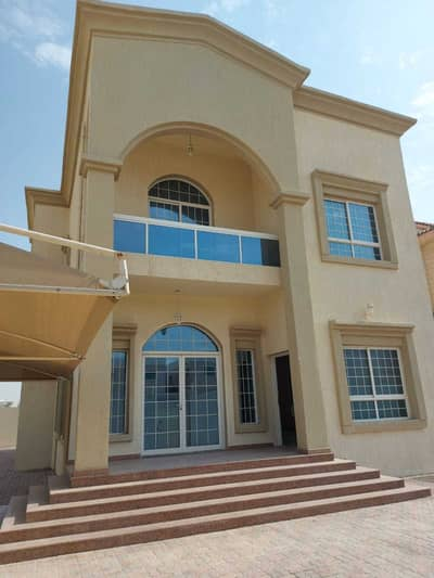 Villa for rent, super deluxe finishing, suitable for all markets