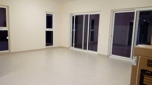 فیلا 3 غرف نوم للايجار في المدينة العالمية، دبي - فیلا في قرية ورسان المدينة العالمية 3 غرف 84999 درهم - 5311713
