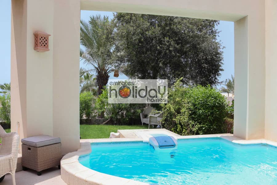 12 5* resort living - Private Pool - Fully Furnished