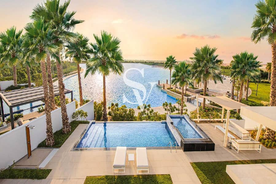 FINAL PHASE! Luxury 4BR Villa Next to Lagoon