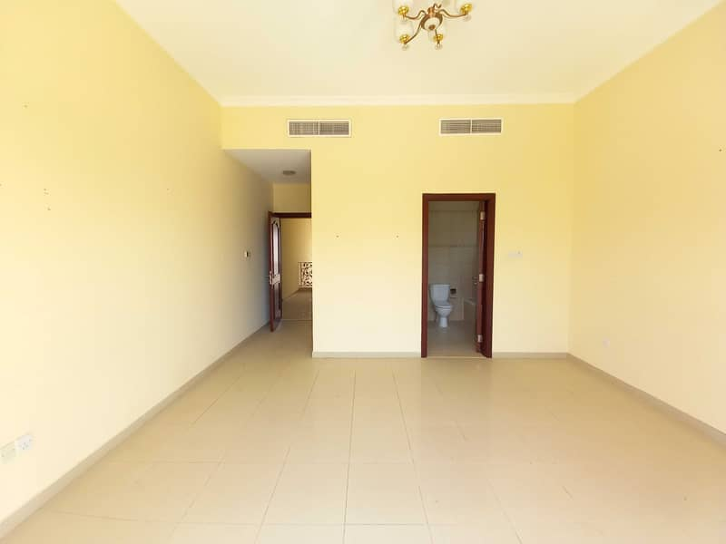Spacious 4BR Villa With Maid's Room Central Ac Balcony Parking In Just 75k ,Al Rifah