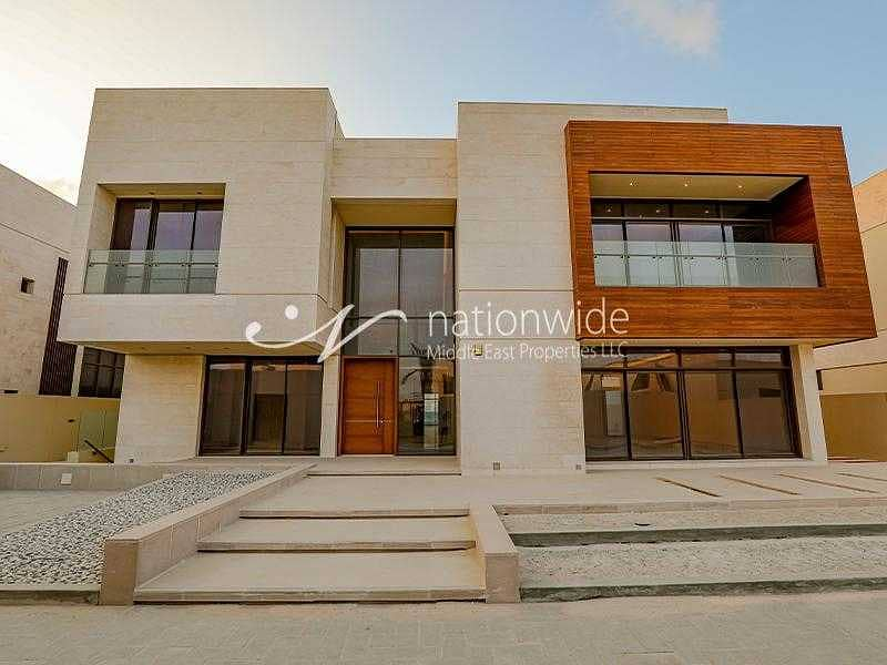 Luxuriously Built Villa, Perfect For A Big Family