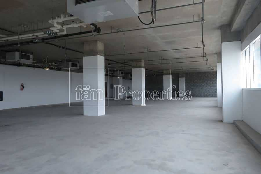 2 Landscape Views / Shell n core /  Low floor