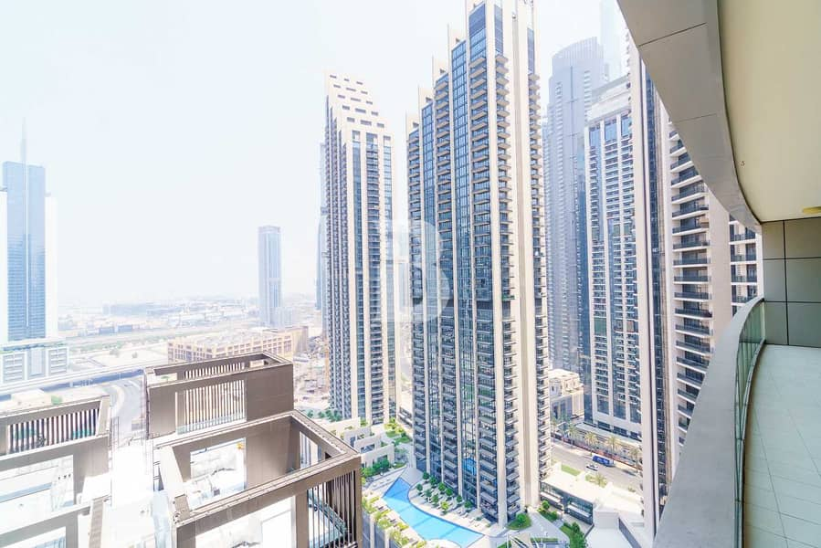 21 Sea Facing   Bright & Aesthetic   Fully Furnished
