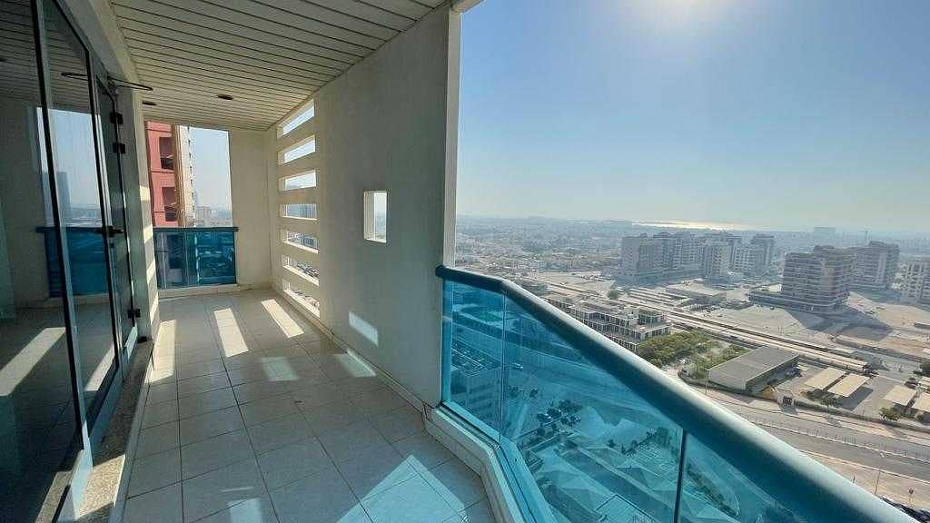 A/C free 3bhk rent only 80k close to Emirates tower metro