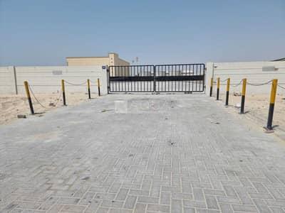 ارض تجارية  للايجار في القوز، دبي - Open yard | Good access to road |AlQuoz