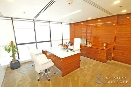 مکتب  للبيع في أبراج بحيرات الجميرا، دبي - Corner Unit Office | Fully Fitted | Vacant