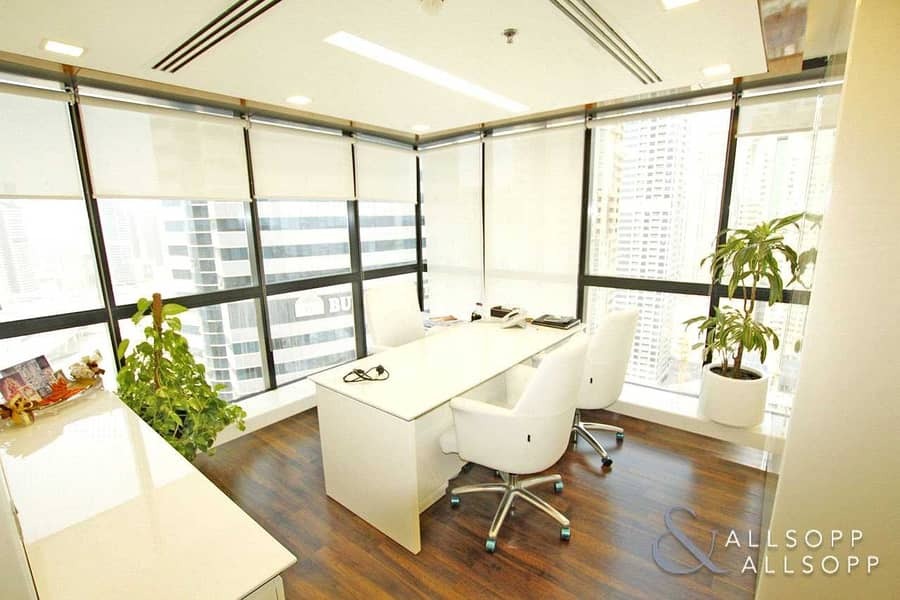 2 Corner Unit Office | Fully Fitted | Vacant