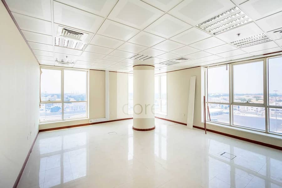 High Quality   Fitted Office   Low Floor