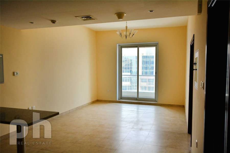 2 | One Bedroom | Sea View | Unfurnished |