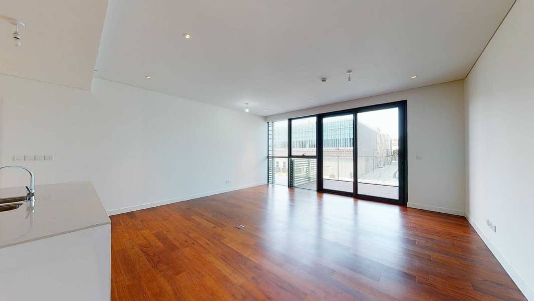 2 No commission | Wooden floor | Visit with your phone