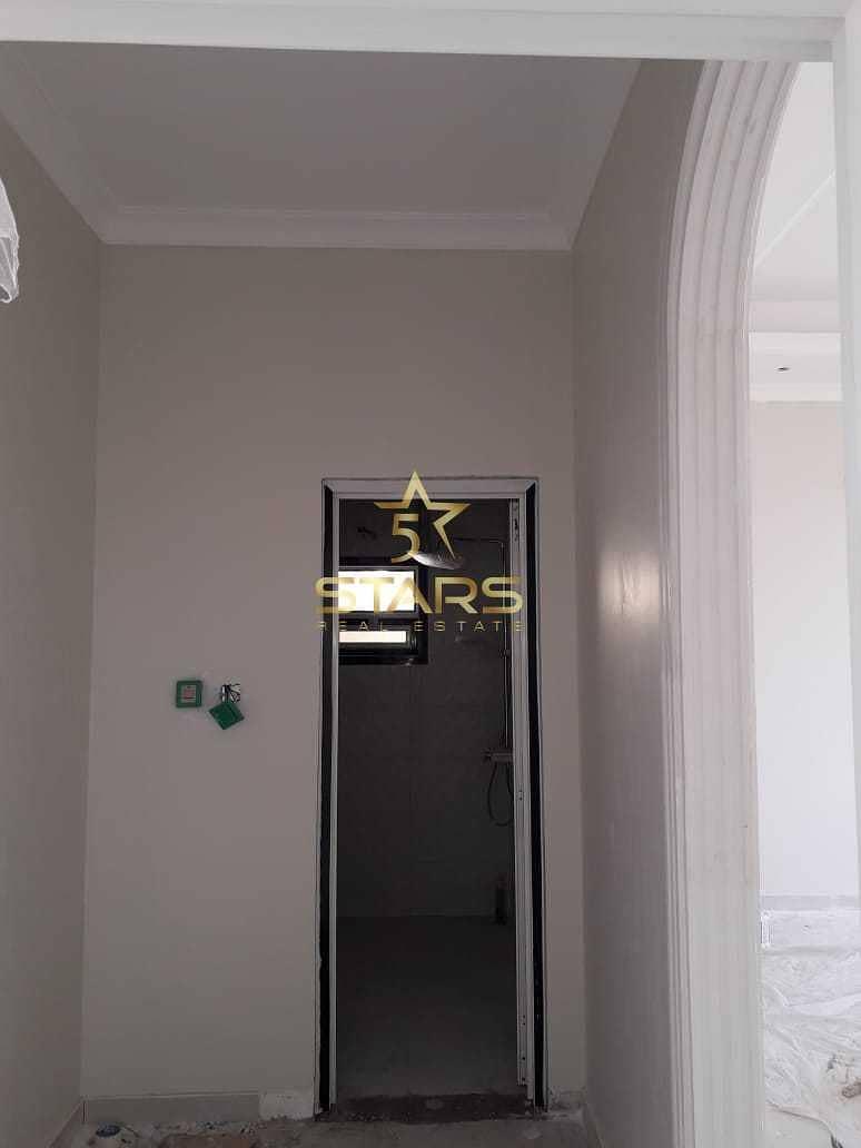 5 Bedroom Villa In Al Azra