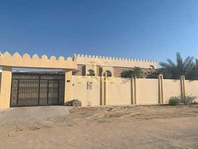 5 Bedroom Villa for Sale in Al Ramtha, Sharjah - Villa For Sale   Al Ramtha   Prime Location