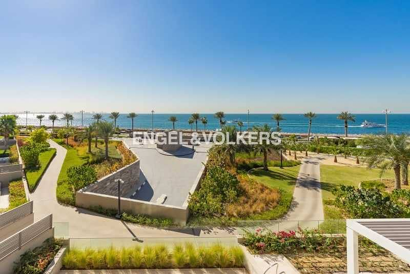 19 Ultra Spacious Luxury Penthouse | Sea View | Resort Living