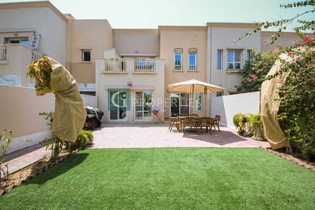 3 Bedroom Townhouse for Sale in The Lakes, Dubai - Fully Upgraded | Single Row | Great Location