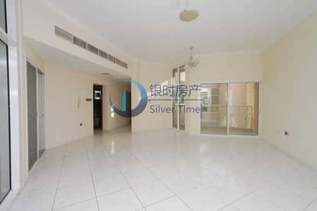 فیلا 6 غرف نوم للبيع في بر دبي، دبي - Burj Khalifa View | 6BR+Maid Villa | Private Garden