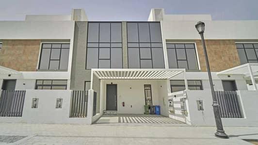 3 Bedroom Townhouse for Rent in Jumeirah Golf Estates, Dubai - Three-Bedroom Smart Home in Jumeirah Golf Estates