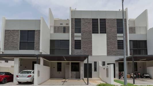 تاون هاوس 5 غرف نوم للايجار في (أكويا أكسجين) داماك هيلز 2، دبي - Stunning Family Home with Desert View