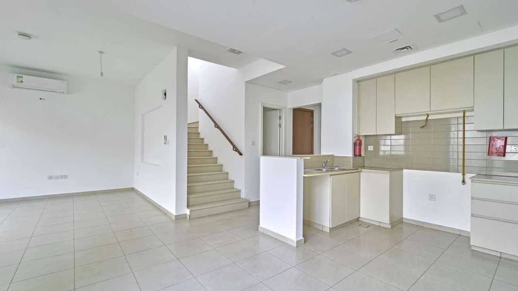 Family Home | Type 2 | Close to pool and Park