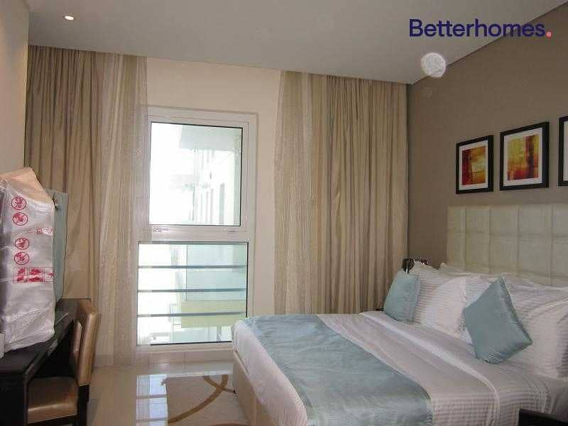 2 Pool View | Furnished | High Floor | Study