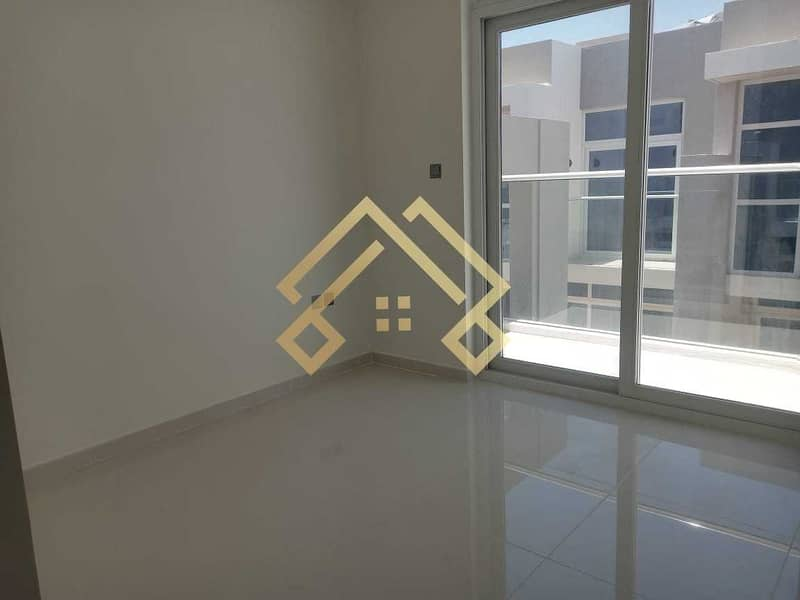 2 Brand New   Traditional   3 Bedroom Townhouse For Rent