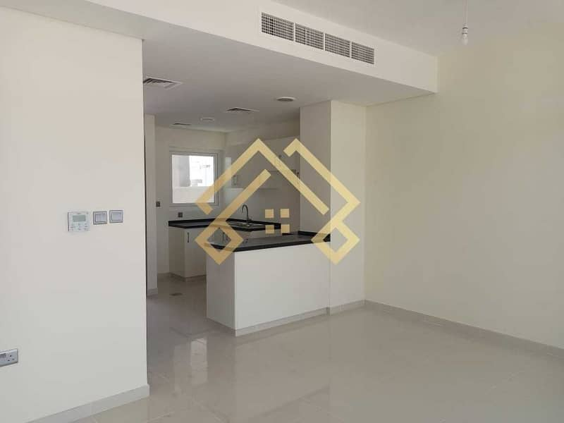 11 Brand New   Traditional   3 Bedroom Townhouse For Rent