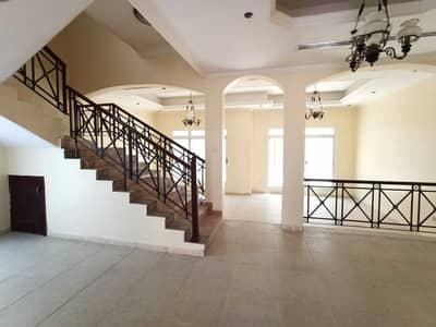 فیلا 4 غرف نوم للايجار في مردف، دبي - . .