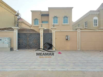 Villa for rent 5000 feet in Al-Rawda 2 area, with new air conditioners, a large area, electricity in the name of a citizen.