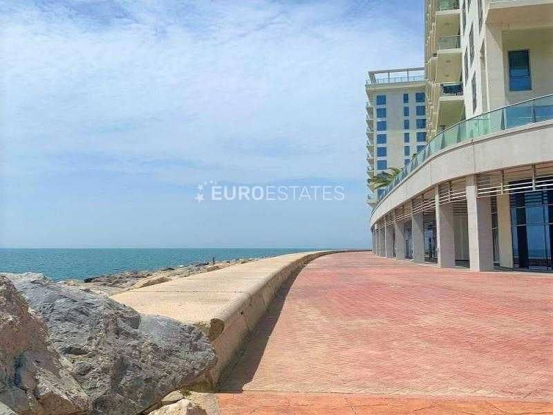 2 Sea View Duplex Apartment W/ A+ Amenities