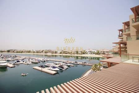 Studio for Rent in Palm Jumeirah, Dubai - Furnished and Spacious Studio with sea view