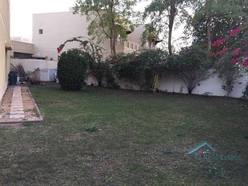 7 Large plot! Private Garden