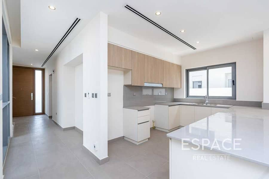 2 EXCLUSIVE Type E1 3 Bedrooms Motivated seller